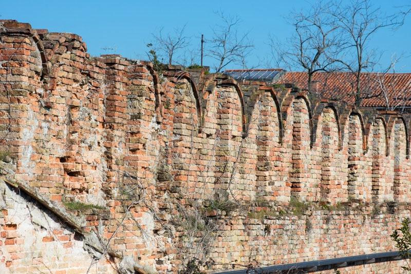 arsenale rilievo merli muratura